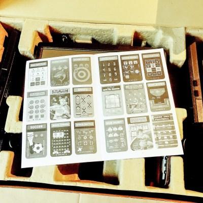 Nel manuale (purtroppo solo an B/N) sono riportati gli overlay di tutti e 60 i giochi nel bundle