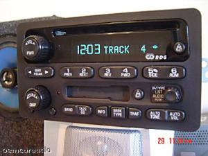 GM Chevy Radio Receiver AM FM Stereo CD PLAYER Tape
