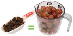 photo of grapes and raisins