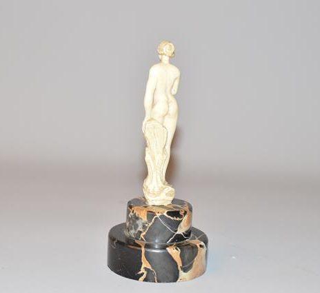 Statue Sculpture en ivoire