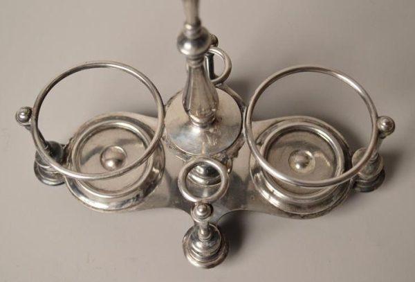 Christofle. Huilier vinaigrier en métal argenté
