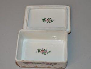 Boites à pilules en porcelaine émaillé de Limoge