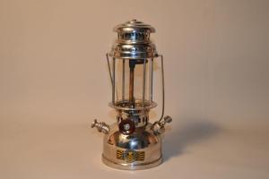 Lampe / Lanterne à pétrole HASAG 51A