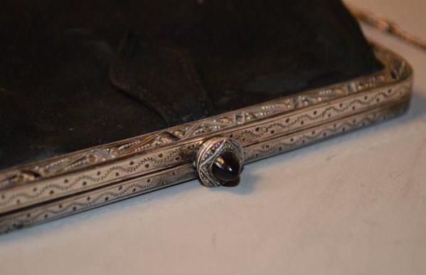 Sac à main - bourse - porte monnaie - velours noir et argent - silver
