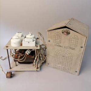 Curieuse central électrique de démonstration du début XX