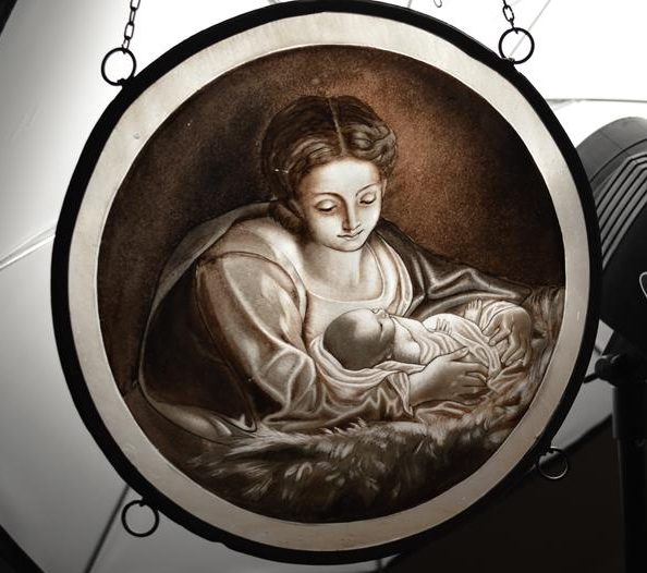 Vitrail - Vitraux - Vierge à l'Enfant - église - scène religieuse
