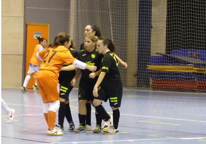 El sénior Femenino se impone 1-3 al Villa de Fines