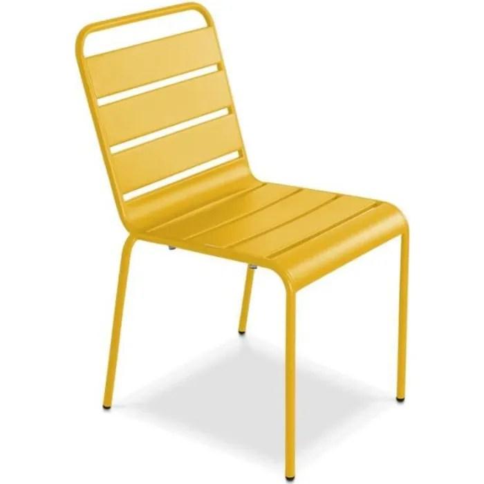 chaise de jardin en metal empilable design modele palavas