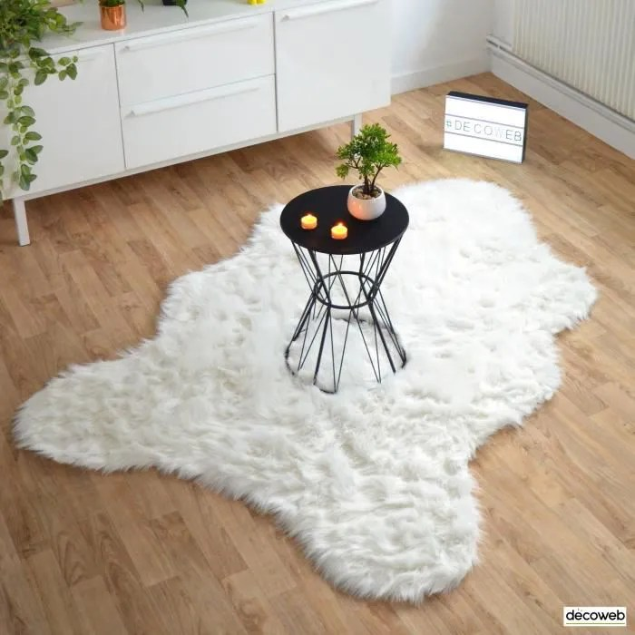 tapis peau de bete imitation ours white 120