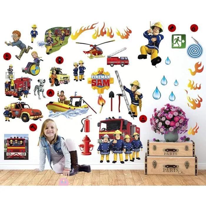 stickers sam pompier pour chambre d enfant decoration chambre d enfant