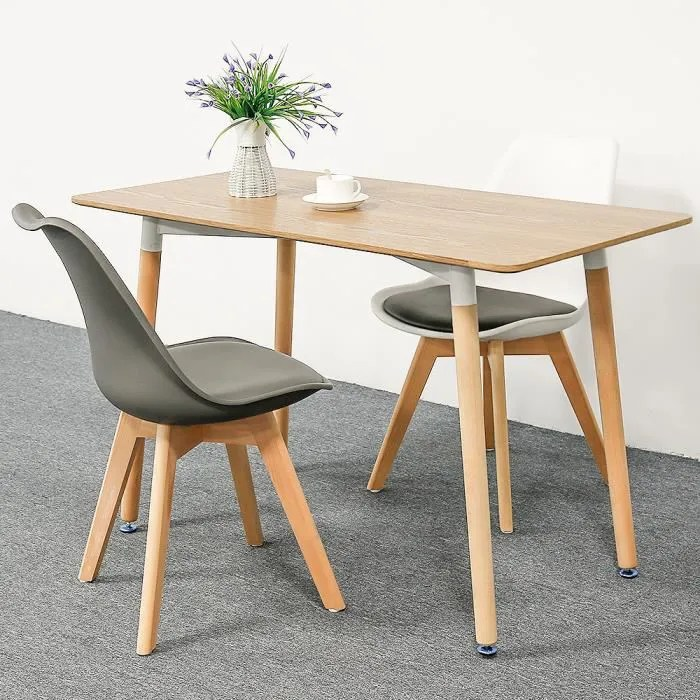 table scandinave 4 6 personnes