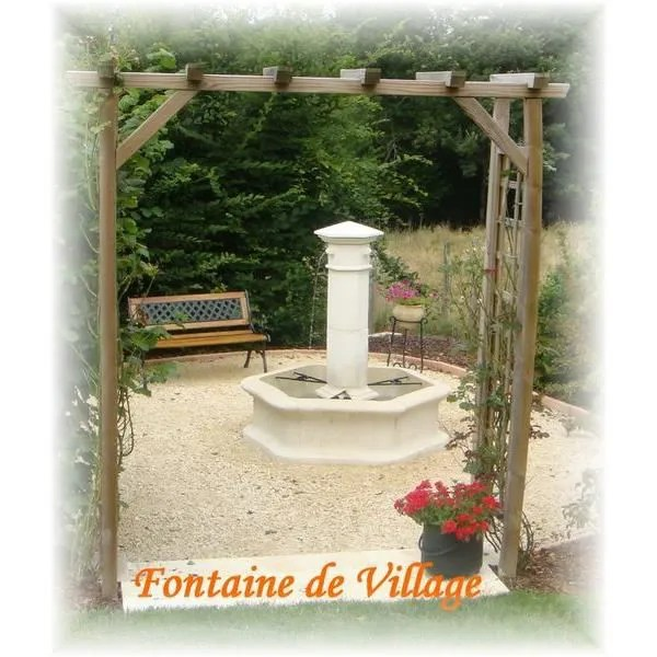 fontaine en pierre reconstituee village