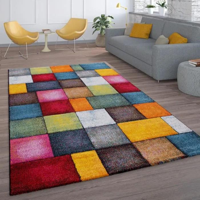 tapis de salon a poils ras design carreaux colore
