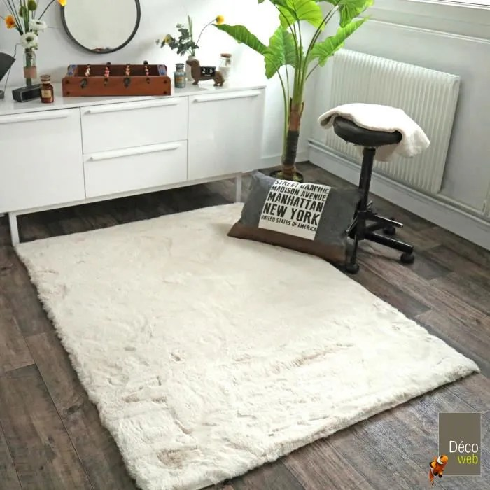 tapis fausse peau de mouton rectangle 120 x 16