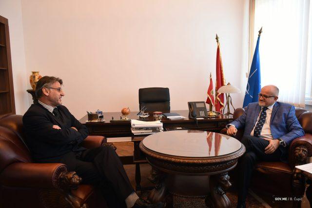 2017-10-13-ministar-Srdjan-Darmanovic-sa-ambasadorom-BiH-005.jpg