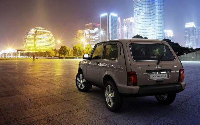 Lada-4X4-Urban-rear-three-quarters.jpg