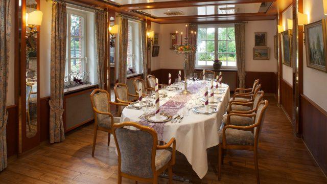 csm_Ringhotel_Sellhorn_Räume_Gundlachstube_festlich_45e217901f.jpg