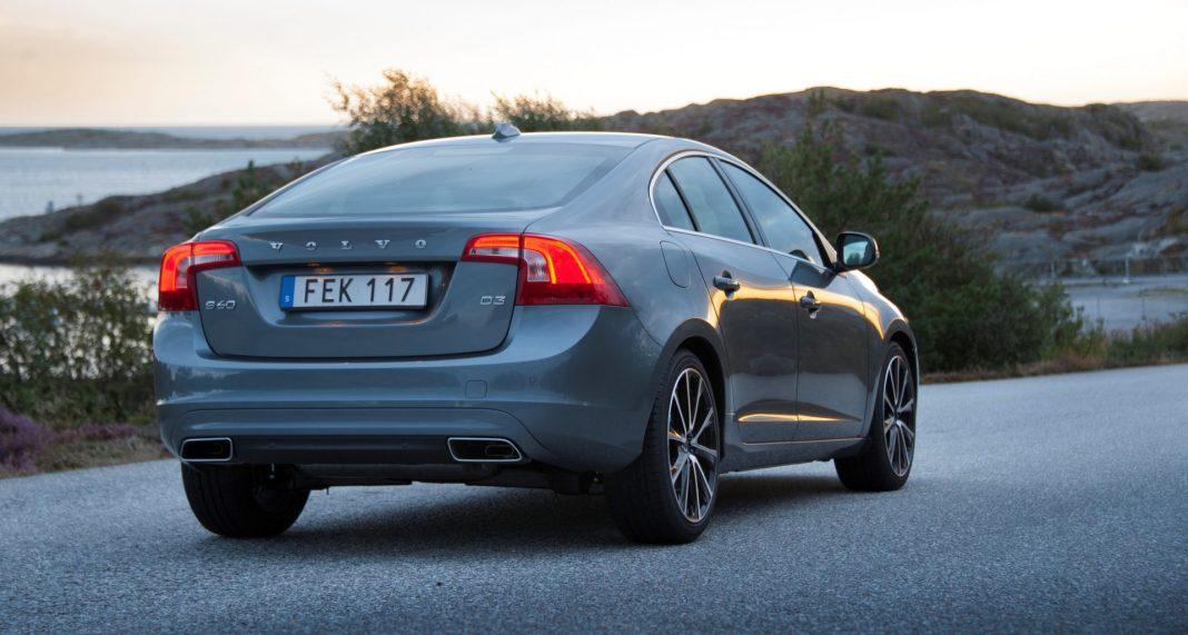 167515_Volvo_S60_model_year_2016.jpg