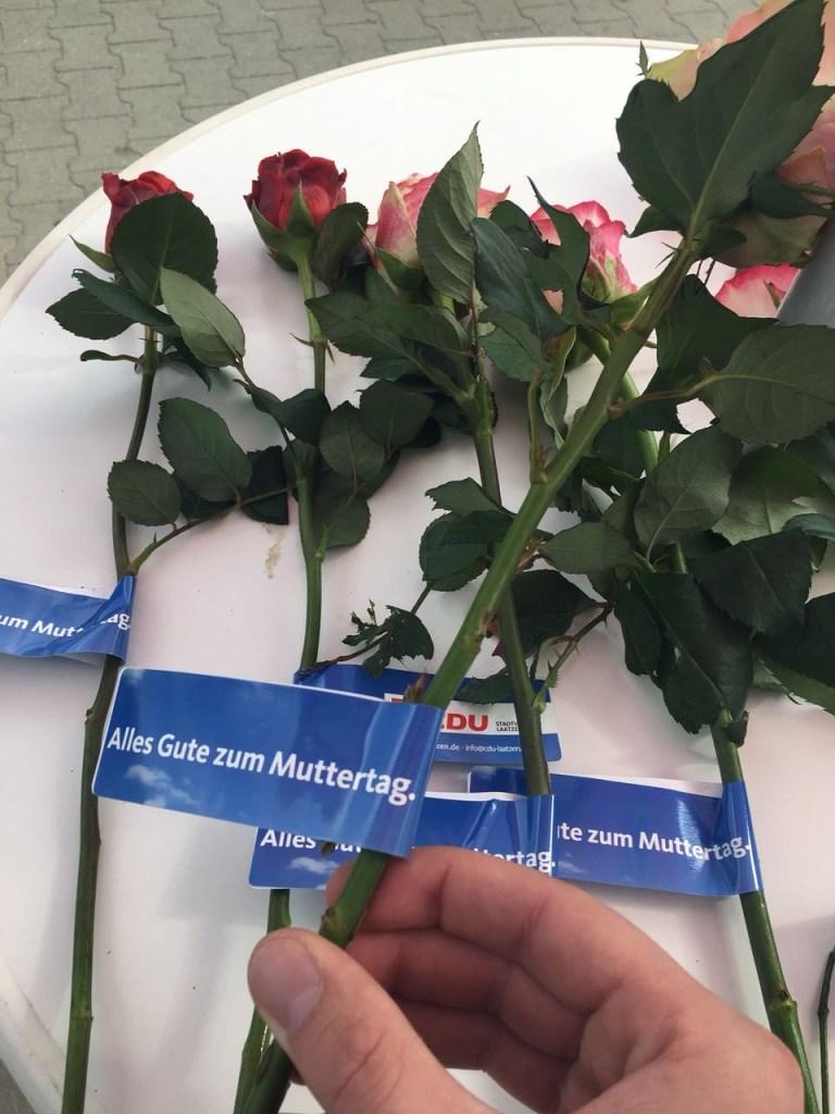 Rosenaktion zum Muttertag