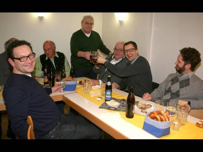 Andechser und Salvator sorgen bei der CDU-Starkbierprobe für gute Stimmung. Foto: Elke Flogaus
