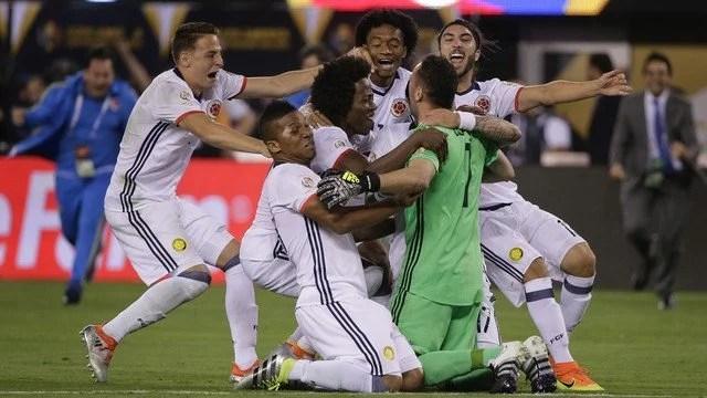 O goleiro Ospina, da Colômbia, foi peça chave nas cobranças penais, defendendo uma delas. - Foto: GE