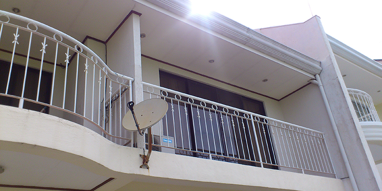 overlooking-house-for-sale-south-hills-labangon-cebucity (25)
