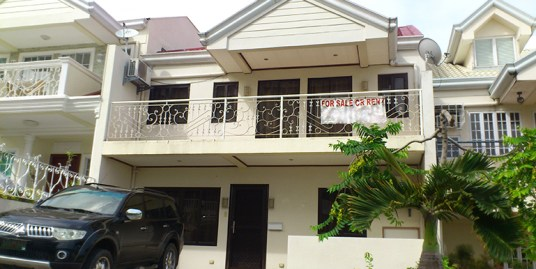 Overlooking House for Sale at South Hills, Labangon