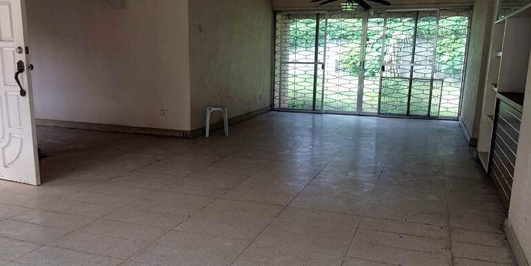 Emerald-Subdivision-big-house-and-lot-for-sale-talamban-cebu-city (10)
