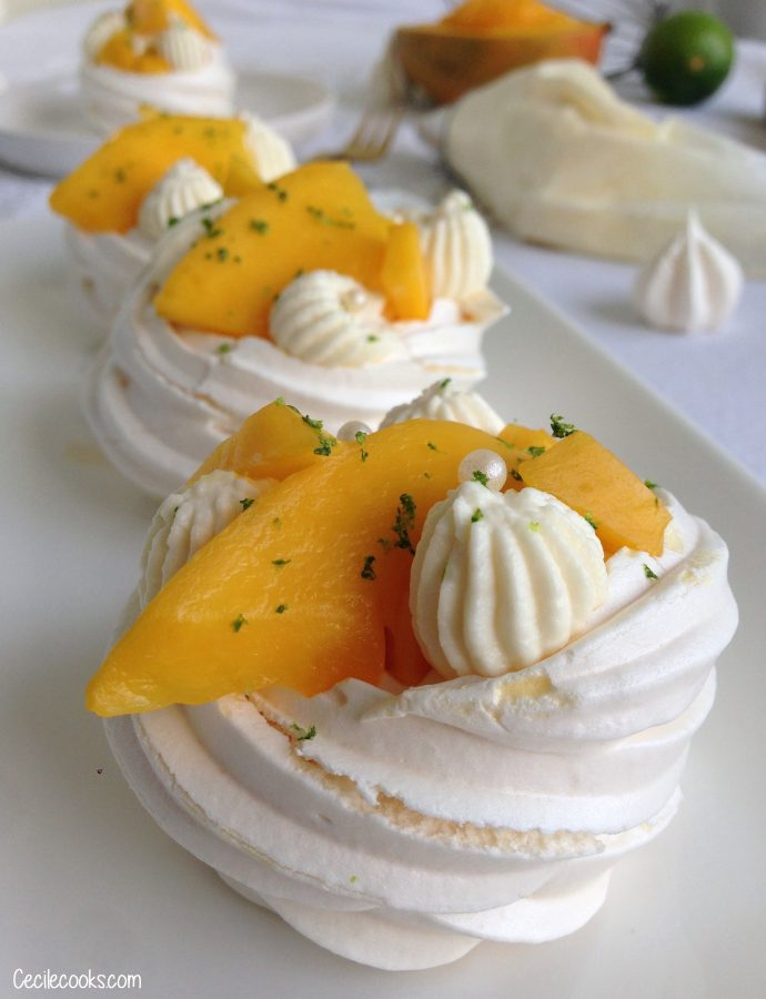 Mini-pavlova mangue, passion & citron vert