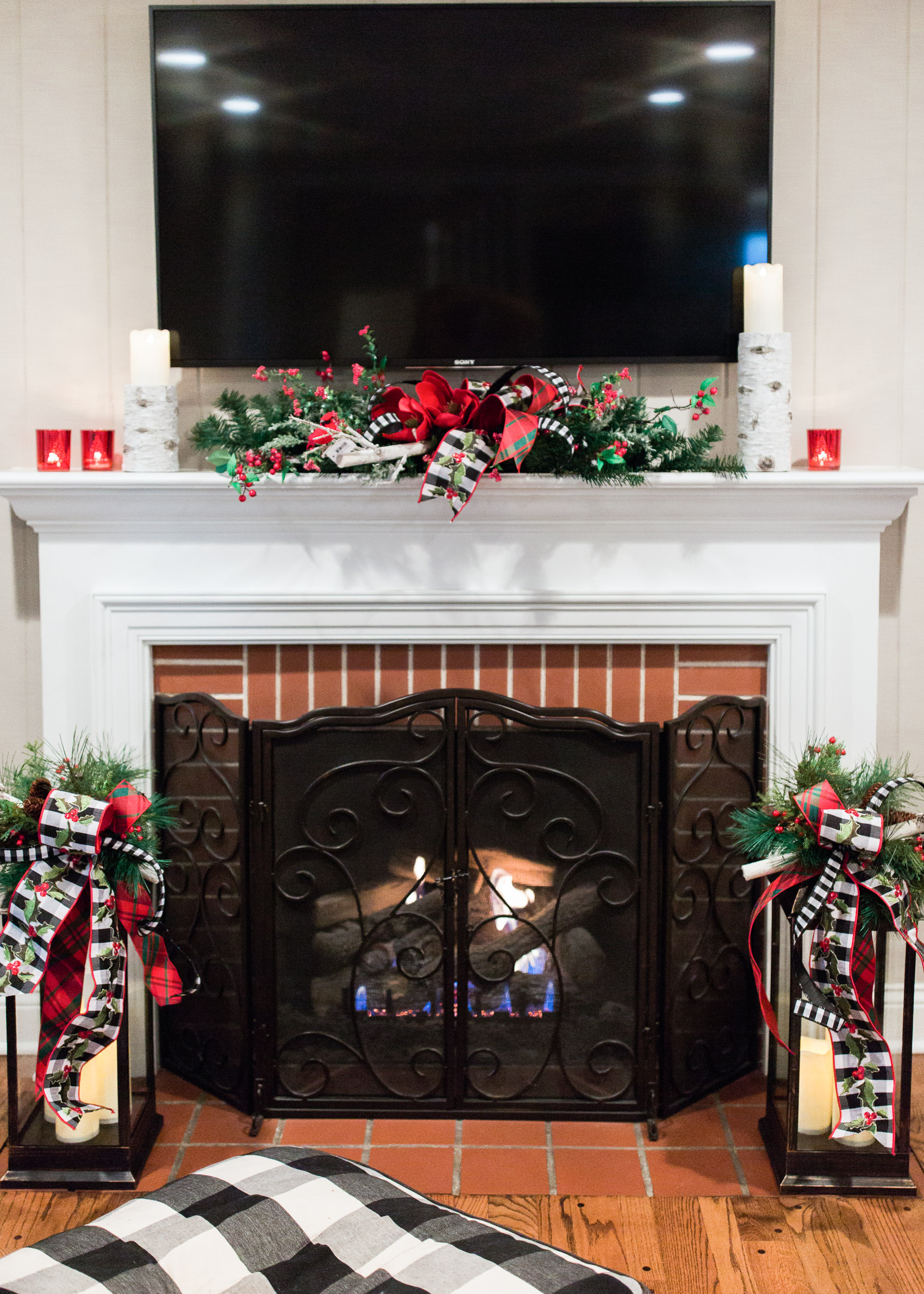 How To Decorate And Transition Your Mantel For Fall And The Holidays