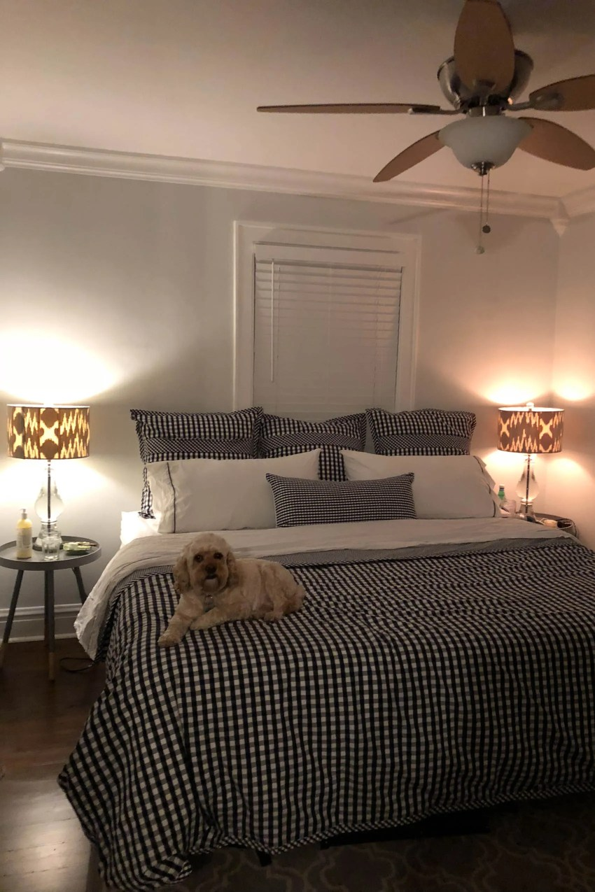 King Size Bed Small Bedroom - How To Make The Room Appear ...