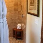 Cedar House Inn - Cordova Room bath 01