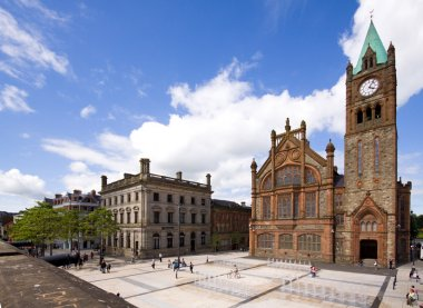 Derry_Guildhall_Square