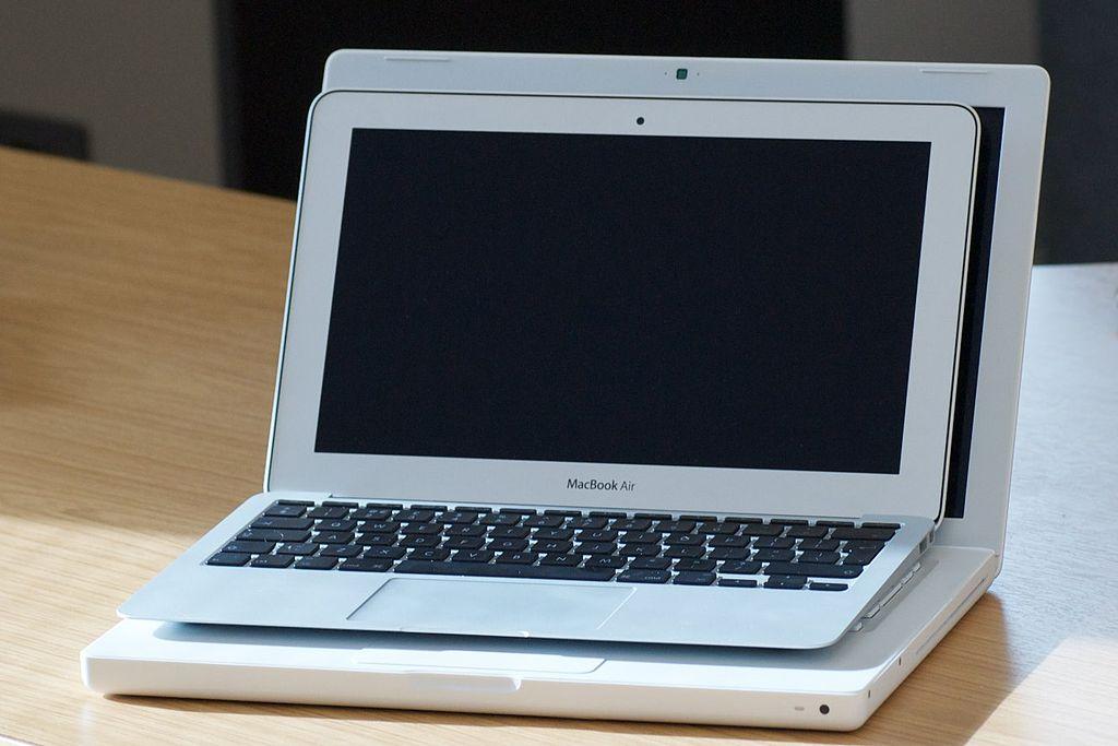 Apple Macbook Air Vs Ipad Pro Promotion et meilleur prix 2020