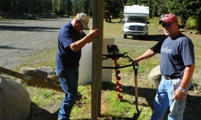 Photos: National Public Lands Day Volunteer Work in Yakima County 7