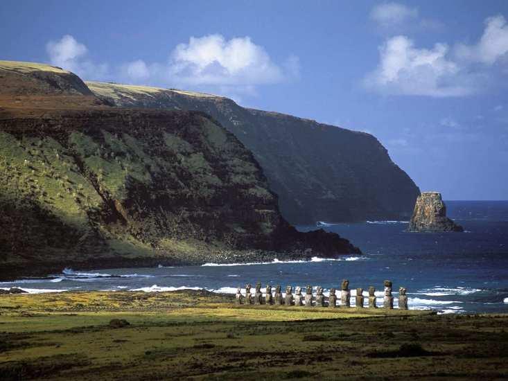 Rapa-Nui-Guardians-Easter-Island-Ahu-Tonhariki-Site-Chile