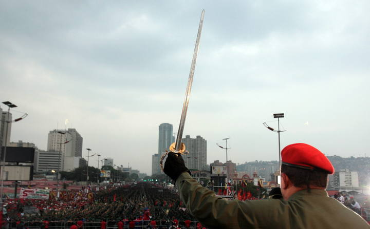 La espada de Bolívar en la OEA (por Alfredo Serrano Mancilla)