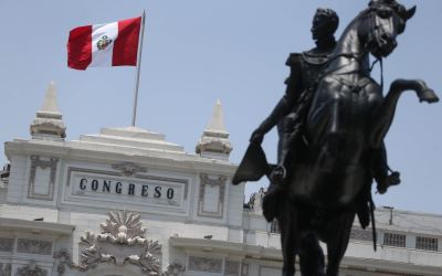 Perú: nuevamente, el Congreso quiere marcar la cancha