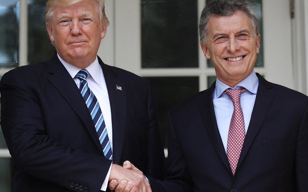 Argentina: ajuste, militarización y alineamiento con EE. UU.