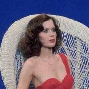 シルビア・クリステル 『魔性の女スパイ』でのヌード濡れ場シーン