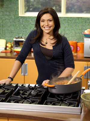 rachael ray kitchen cabinets lowes and her love for cooking