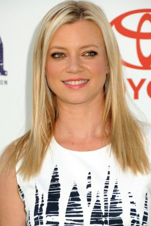 Amy Smart Measurements, Height, Weight, Bra Size, Age, Wiki