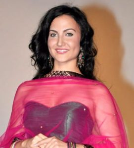 Elli Avram Measurements, Height, Weight, Bra Size, Age, Wiki