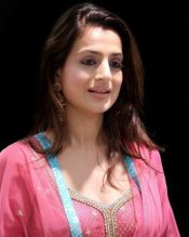 Ameesha Patel Measurements, Height, Weight, Bra Size, Age, Wiki