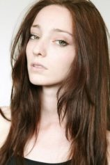 Emma Dumont Upcoming films,Birthday date,Affairs