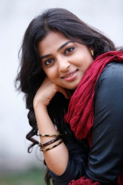 Radhika Apte Measurements, Height, Weight, Bra Size, Age, Wiki