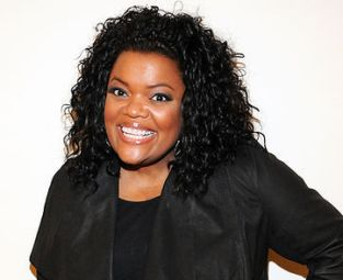 Yvette Nicole Brown Bra Size, Wiki, Hot Images
