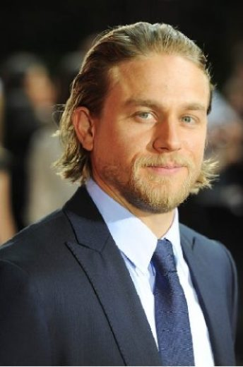 Charlie Hunnam Height, Weight, Age, Biceps Size, Body Stats