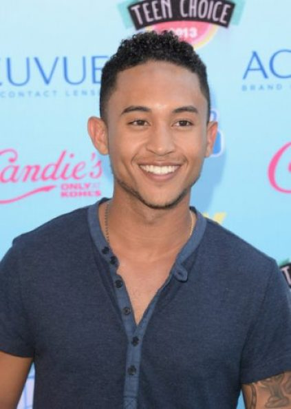 Tahj Mowry Chest Biceps size