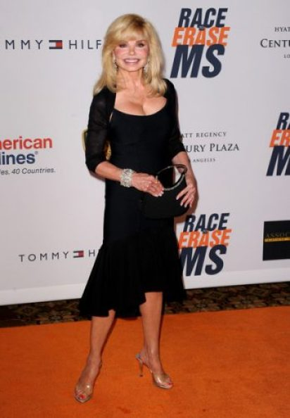Loni Anderson Bra Size, Wiki, Hot Images